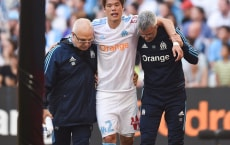 Hiroki Sakai of Marseille exit injuired during the Ligue 1 match between Olympique Marseille and Lille OSC at Stade Velodrome on April 21, 2018 in Marseille, . (Photo by Alexandre Dimou/Icon Sport via Getty Images)
